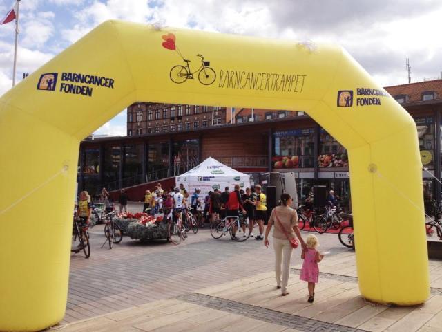 Start och mål för barncancertrampet, Sundstorget, Helsingborg.