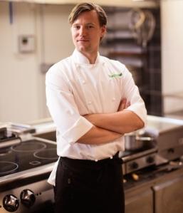 Jonny Hamnell, Lydinge