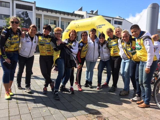 Några av tjejerna i Team Rynkeby Helsingborg 2014